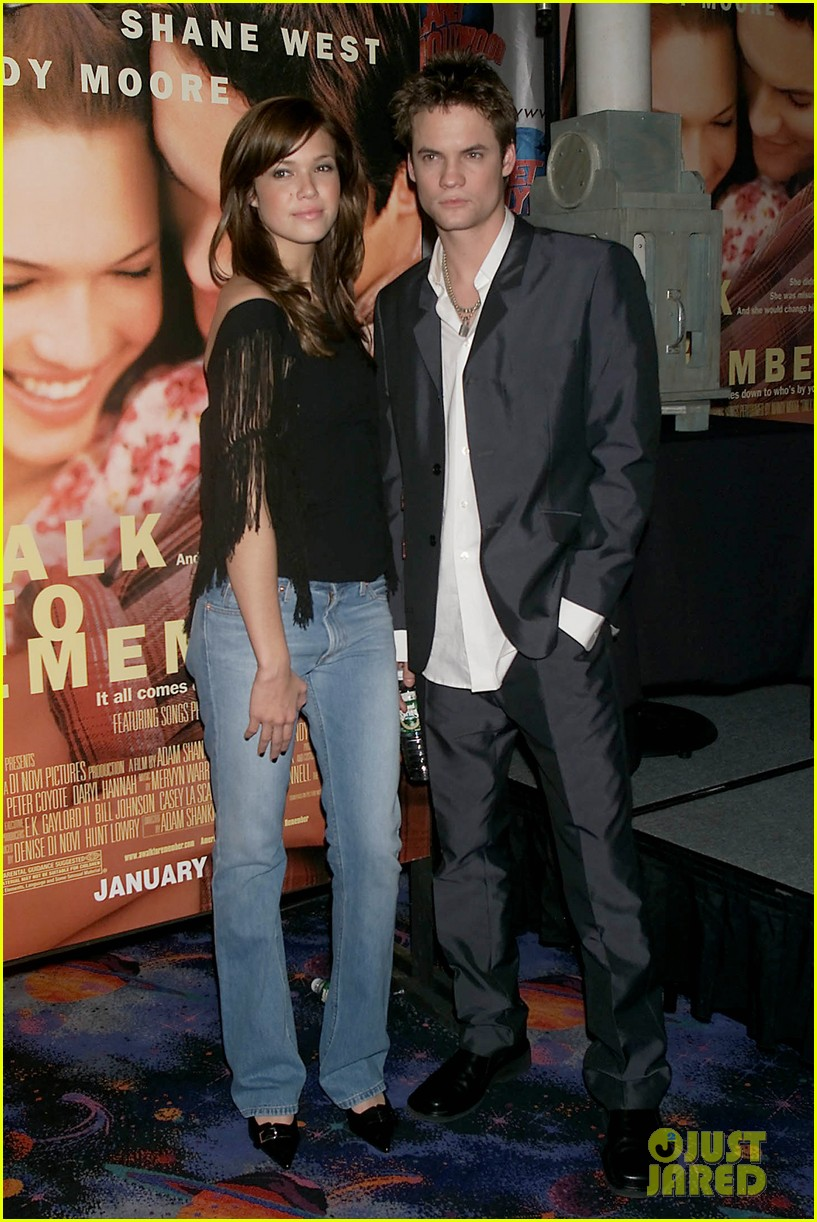 Mandy Moore Shane West Reunite 15 Years After A Walk To Remember Photo 3854191 Adam Shankman Mandy Moore Shane West Pictures Just Jared